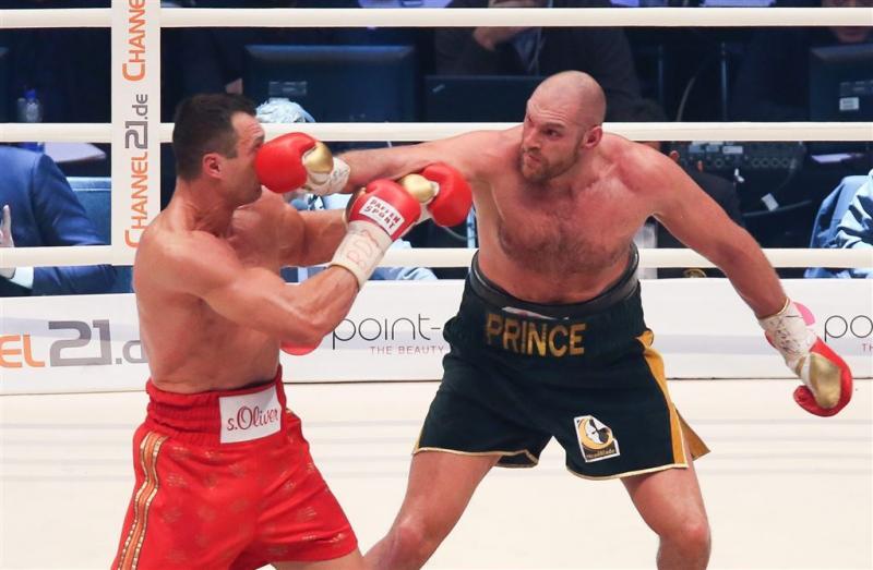 Bokser Fury onttroont wereldkampioen Klitsjko