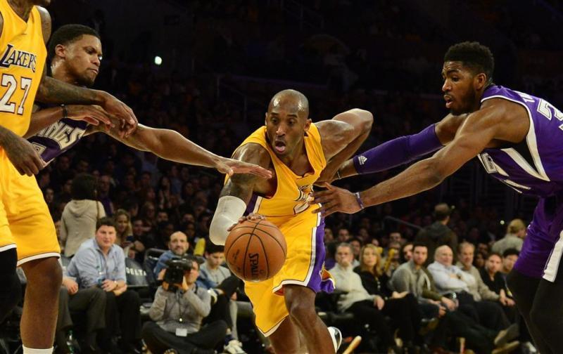 Kobe Bryant kondigt vertrek aan in gedicht
