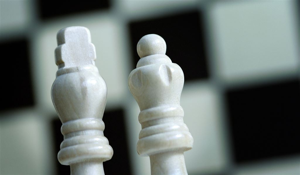 Koning en dame, schaakbord