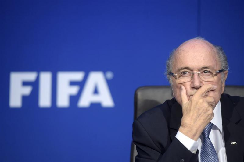 Blatter en Platini voor ethische commissie