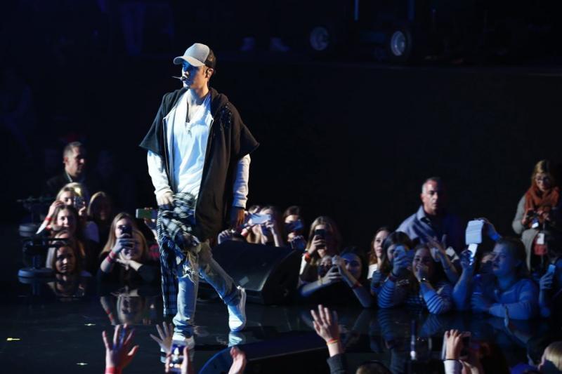 Justin Bieber domineert Single Top 10