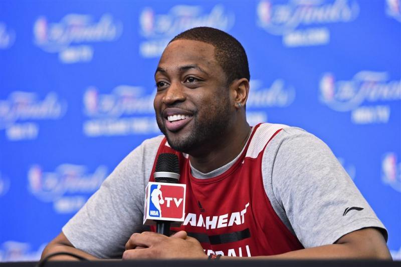 Wade leidt Miami Heat naar zege