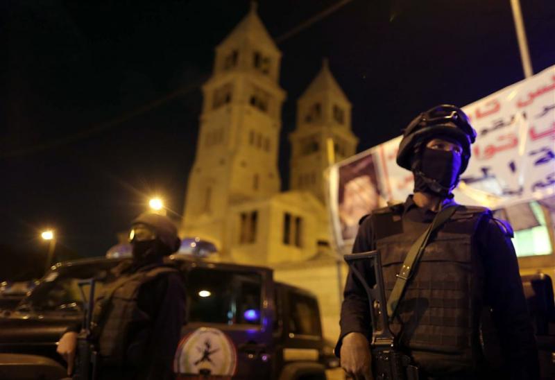 Bloedige aanslag in restaurant in Caïro