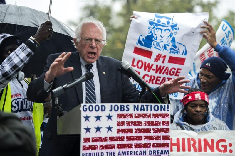 Sanders persoon van het jaar voor lezers Time