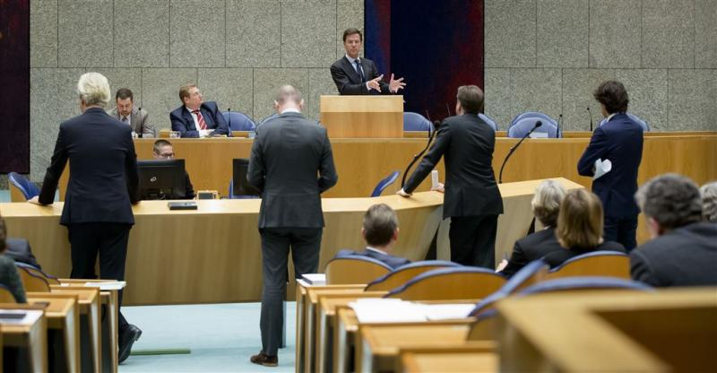 Motie van afkeuring om Teeven-deal verworpen