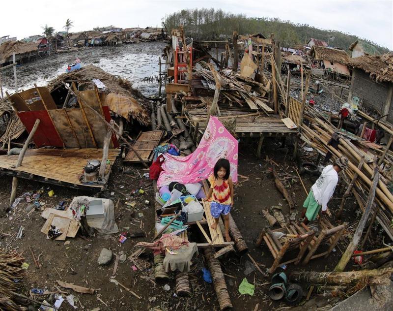 Dodental door tyfoon Filipijnen loopt op