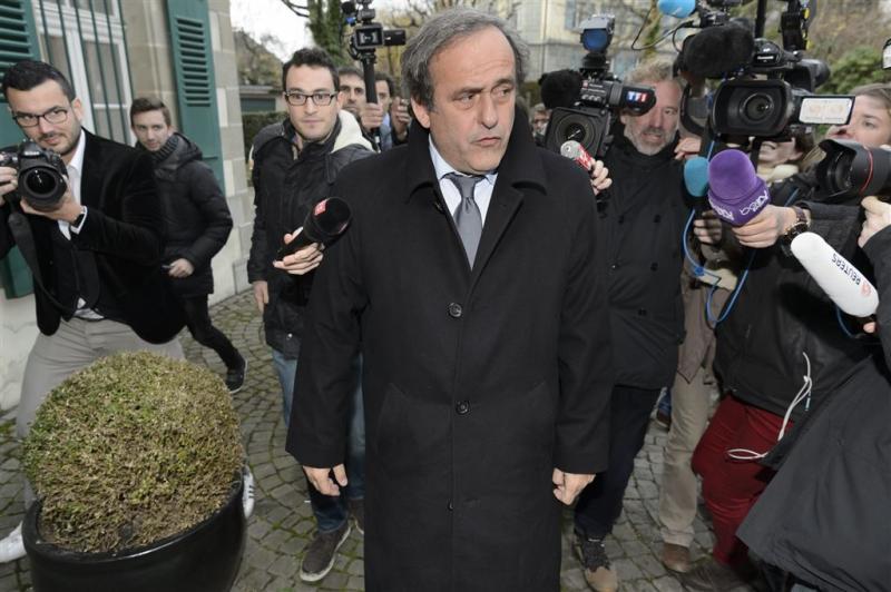 Platini niet naar ethische commissie FIFA