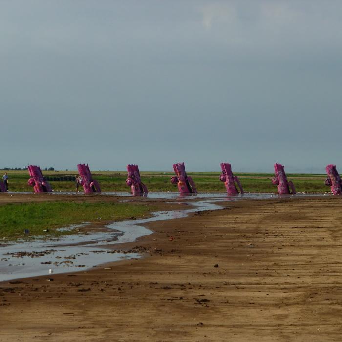 Cadillacas in de grond  (Foto: qltel en Rewimo)