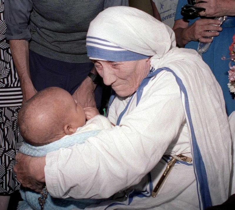 Moeder Teresa wordt heilig verklaard