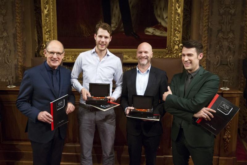 Nederland wint vernieuwde editie Groot Dictee
