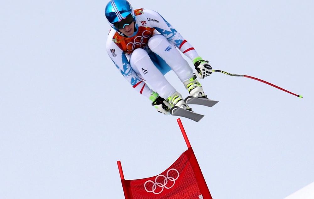 Olympisch skikampioen Mayer hard ten val bij wereldbekerwedstrijd (Pro Shots / Gepa)