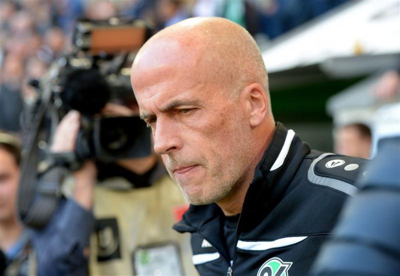 Frontzeck stapt op als coach Hannover 96