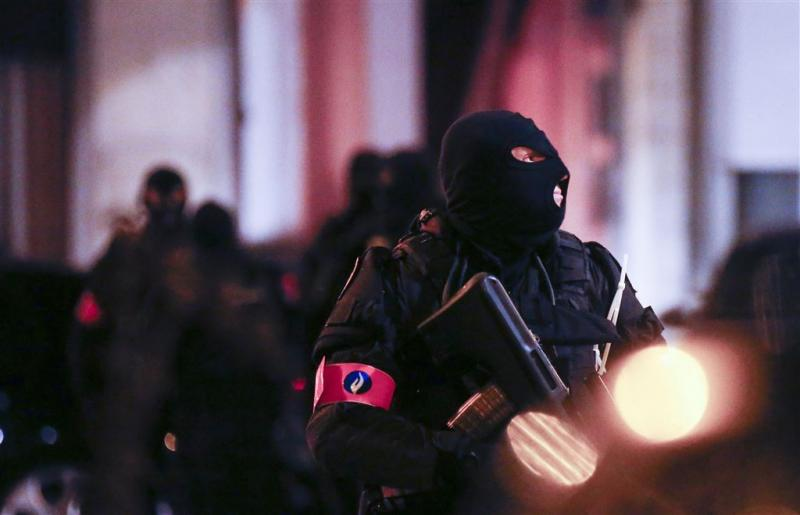 Weer huiszoeking Brussel over aanslag Parijs