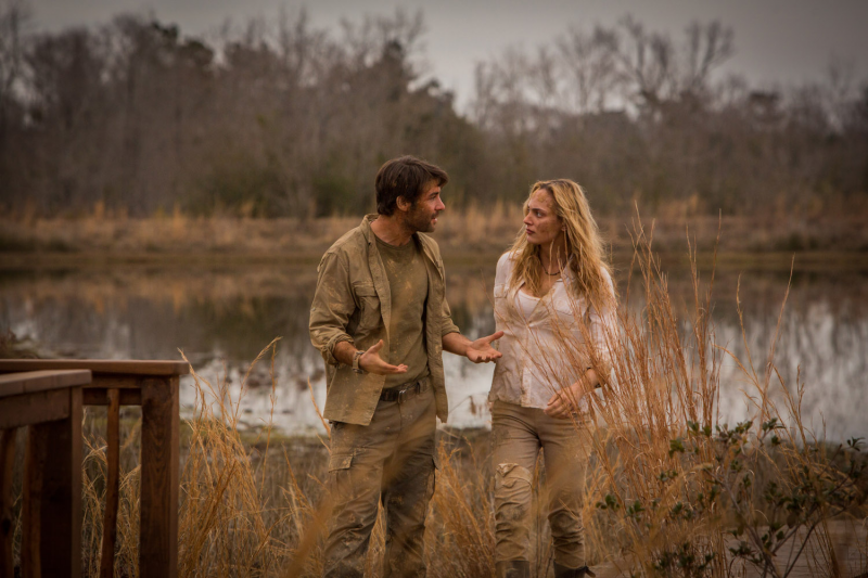 Zoo: James Wolk en Nora Arnezeder