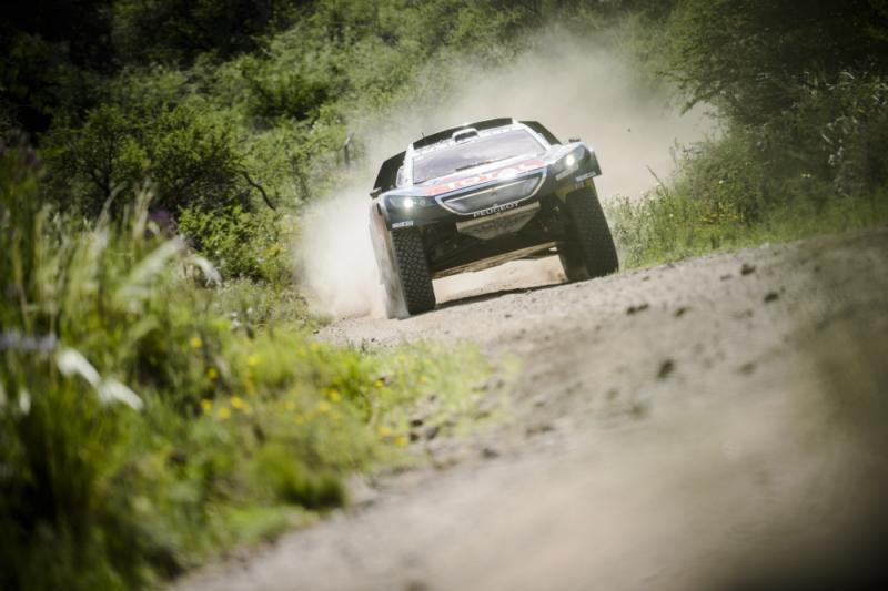 Sebastian Loeb stunt met etappezege Dakar (Pro Shots / Dppi)