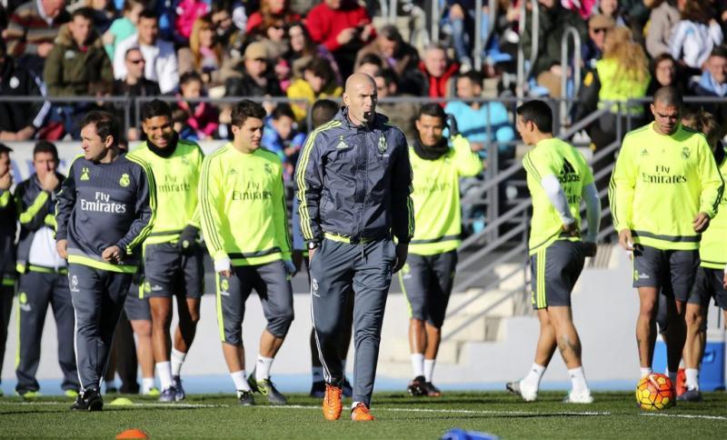 Warm onthaal Zidane bij Real
