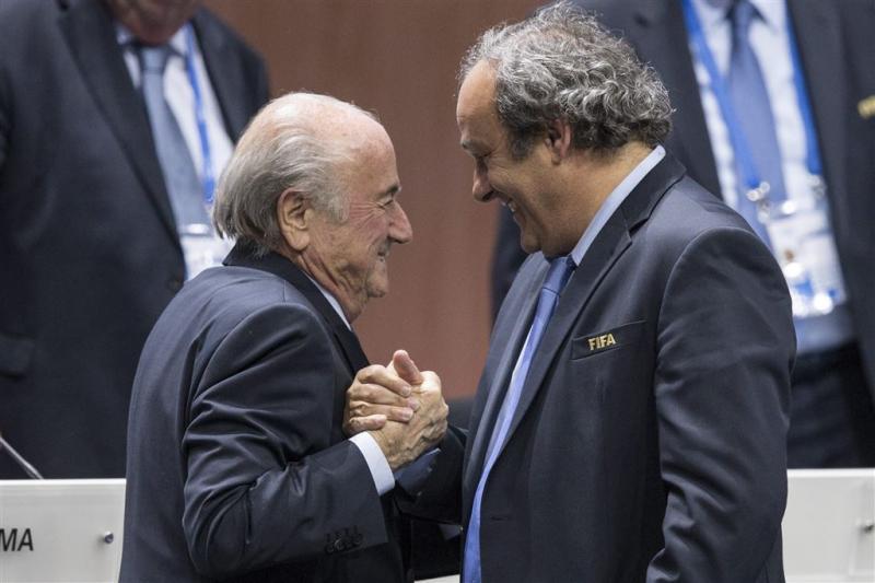 Platini haalt uit naar Blatter