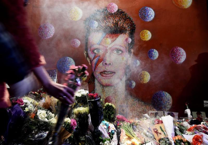 Ex-vrouw in tranen om dood Bowie