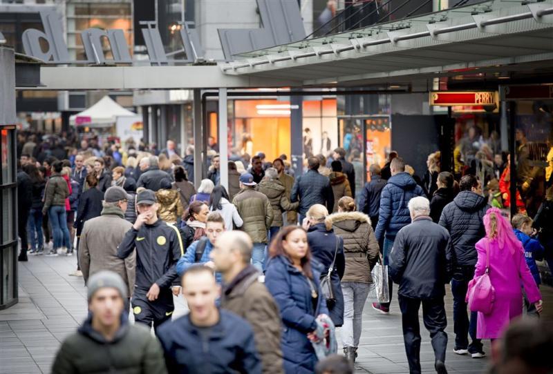 'Inhaalslag Nederlandse economie zet door'