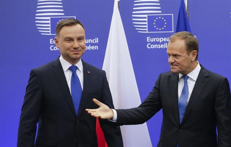 Tusk niet erg blij met onderzoek wetten Polen