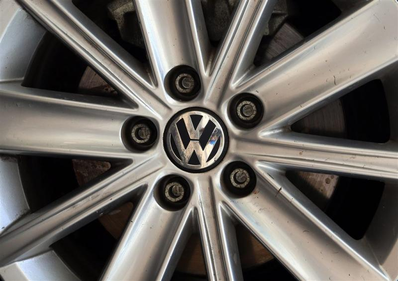 Beleggers eisen honderden miljoenen van VW