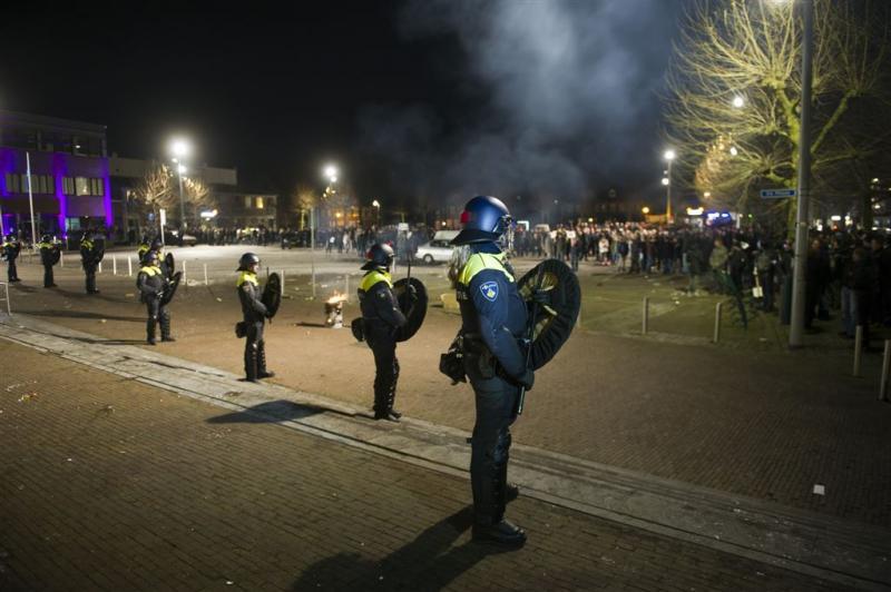 ME treedt op tegen demonstranten in Heesch