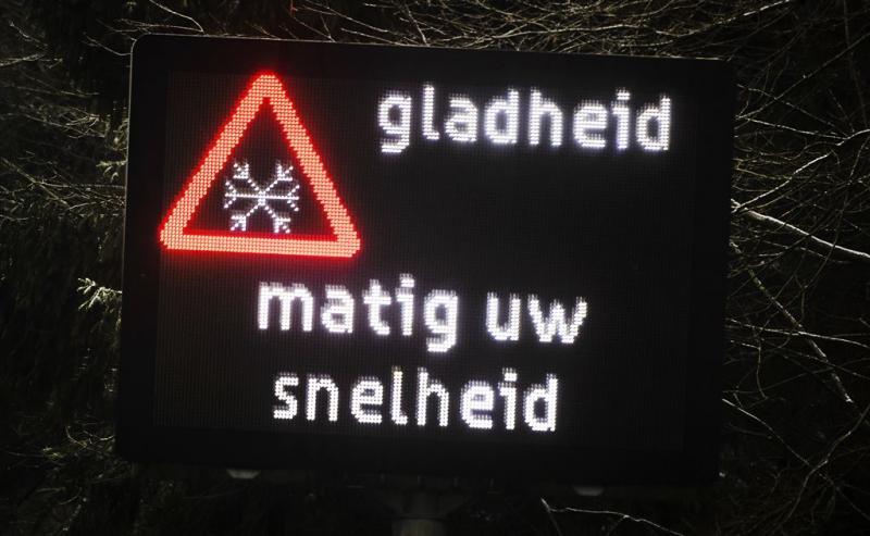 Ook in Randstad glad door sneeuw of ijzel