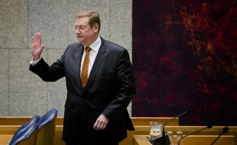 SP zegt vertrouwen op in Van der Steur