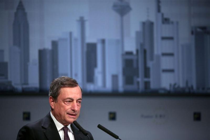 Draghi zet deur open voor renteverlaging