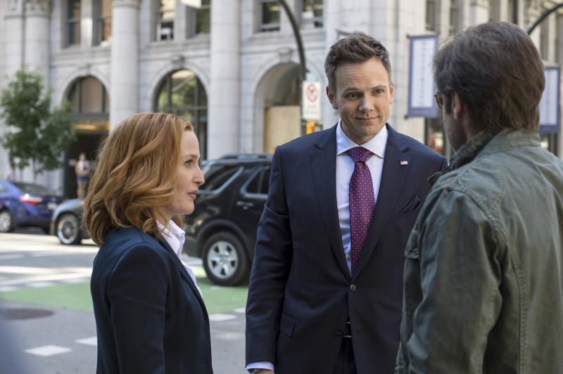 The X-Files: Gillian Anderson, Joel McHale en David Duchovny (Foto: undefined)