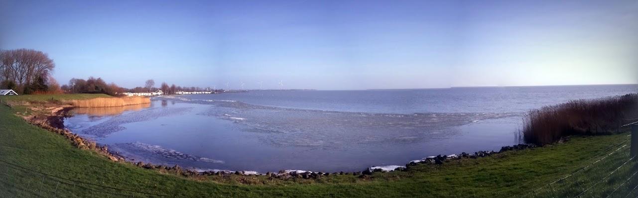 Uitzicht over het IJsselmeer vanaf Bovenkarspel