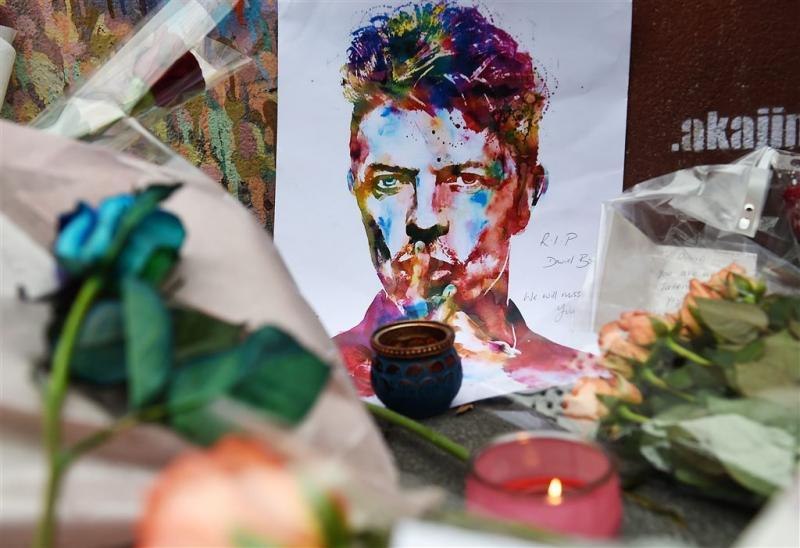 Ex-vrouw Bowie: hij probeerde me te wurgen