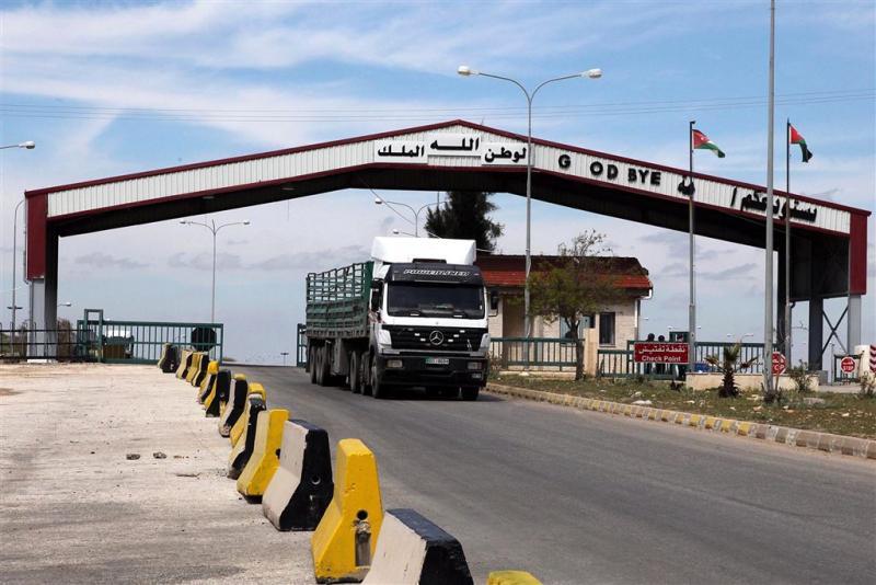 Jordanië schiet twaalf mensen bij grens dood