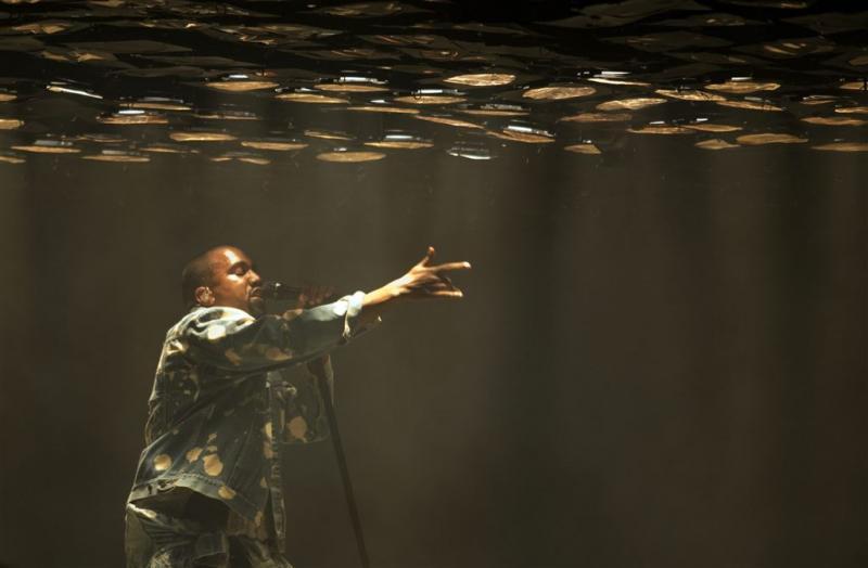Kanye West ontkent roddels over seksleven