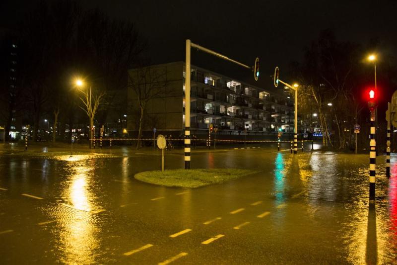 'Waterleiding Vlaardingen spontaan gescheurd'