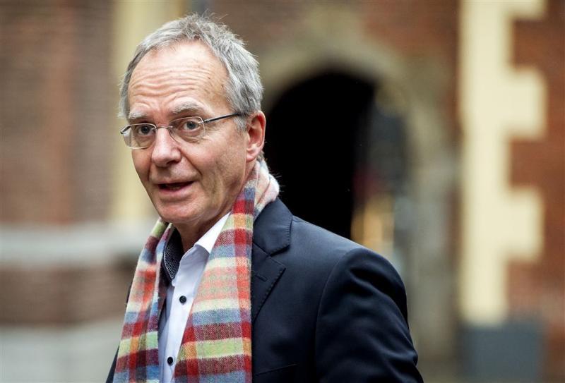 Henk Kamp kondigt vertrek uit politiek aan