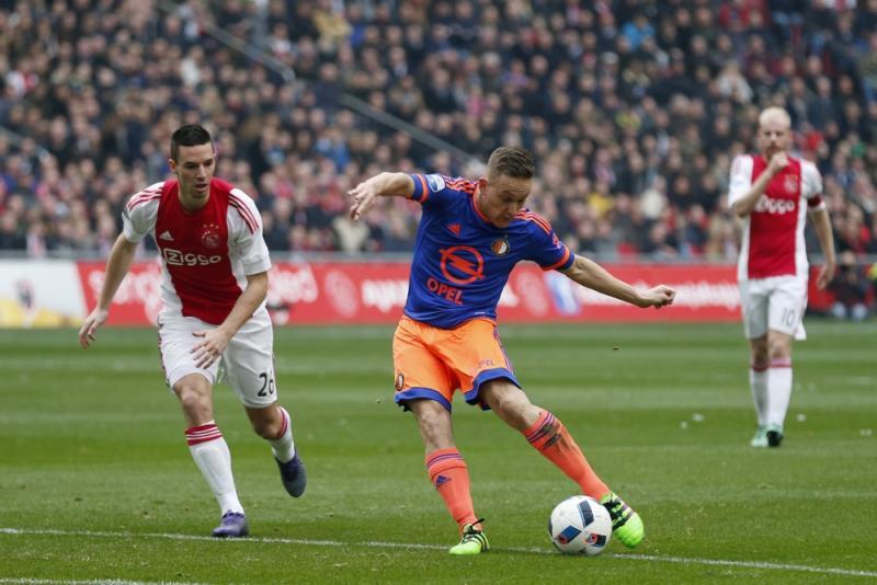 Toornstra schoot Feyenoord al vroeg op voorsprong (PROSHOTS/ Stanley Gontha)