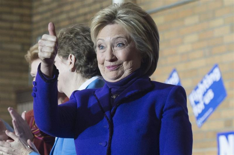 Nederlanders massaal achter Clinton