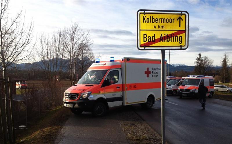 Doden en 100 gewonden bij treincrash Beieren