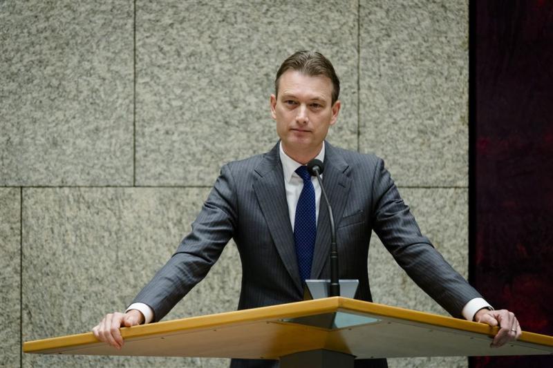 VVD: alles doen om asielinstroom in te dammen