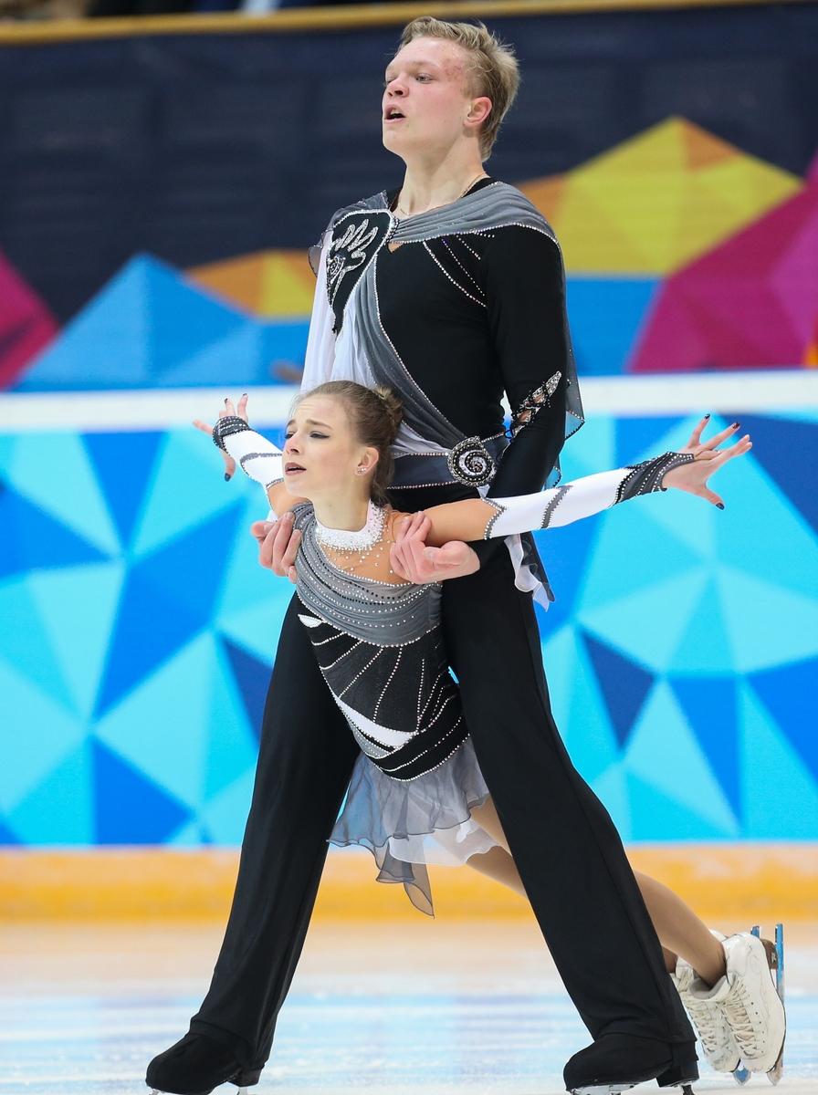 Het goud bij de paren was voor Dmitriy Sopot en Ekaterina Borisova (Foto: YIS/Jed Leicester)