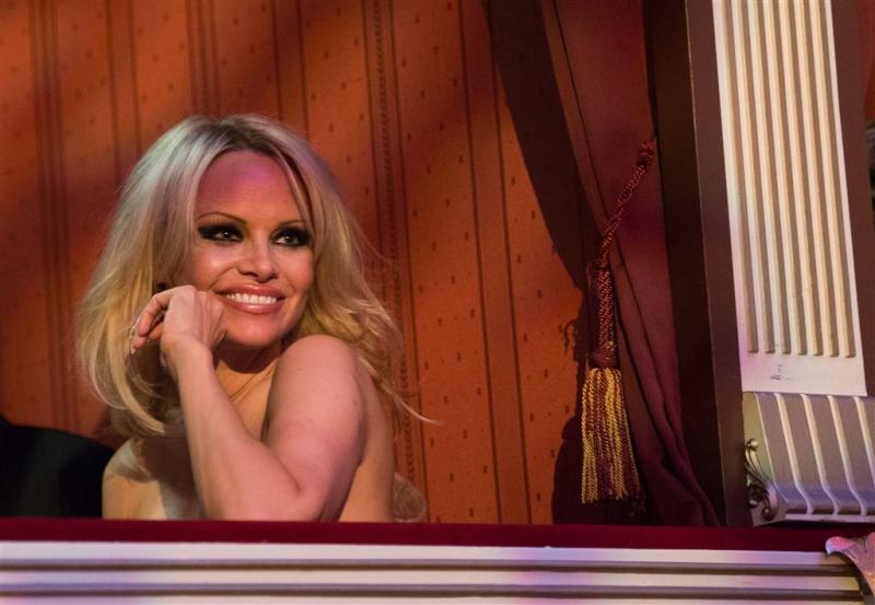 Pamela Anderson is een beetje eenzaam