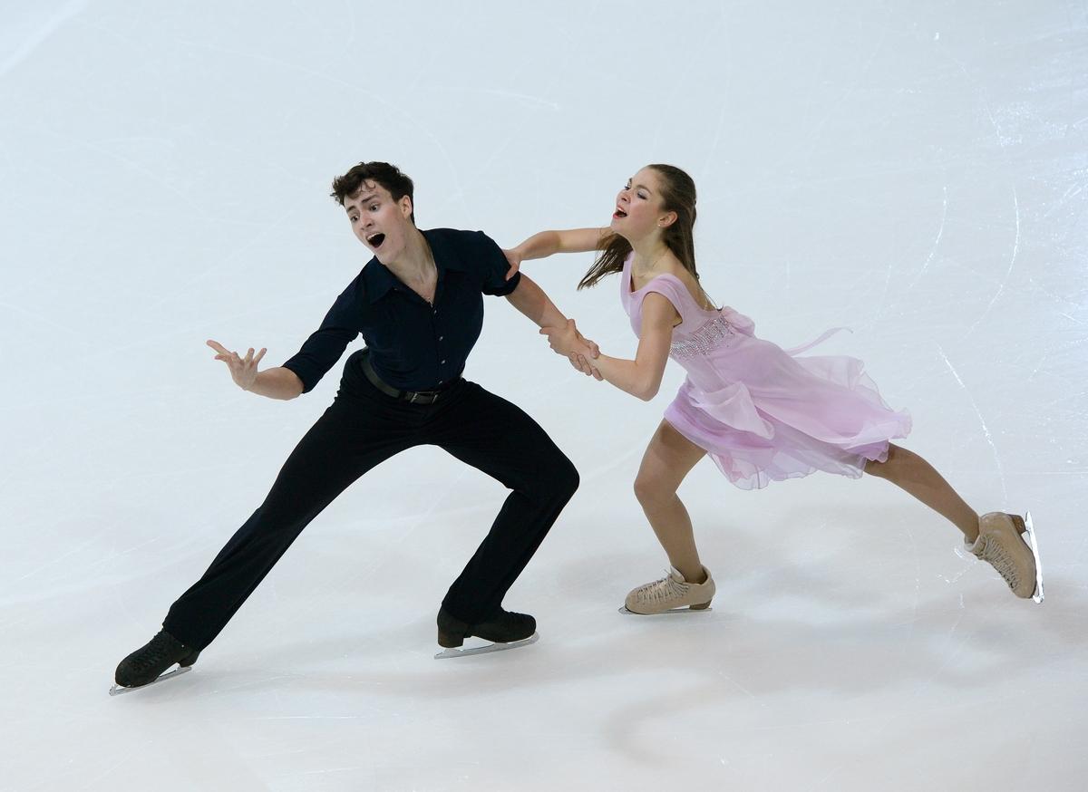 Shpilevaya en Smirnov dansen zich een weg naar jeugdolympisch goud (Foto: YIS/Jon Buckle)