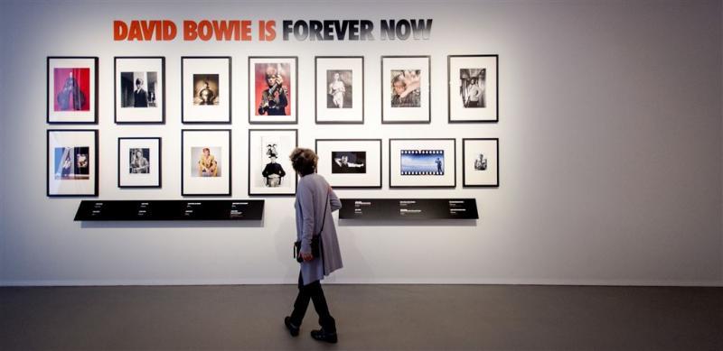 100.000ste bezoeker voor expo Bowie