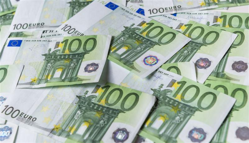 Automobilist gepakt met 170.000 euro in doos