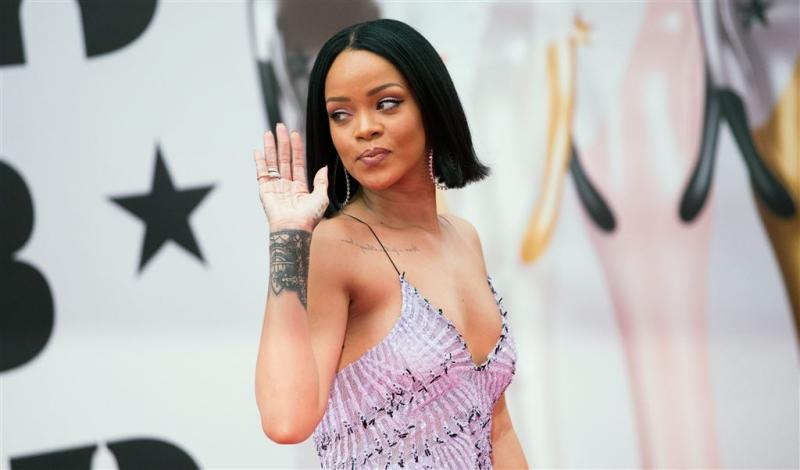 Rihanna verslaat Lil' Kleine en Ronnie Flex