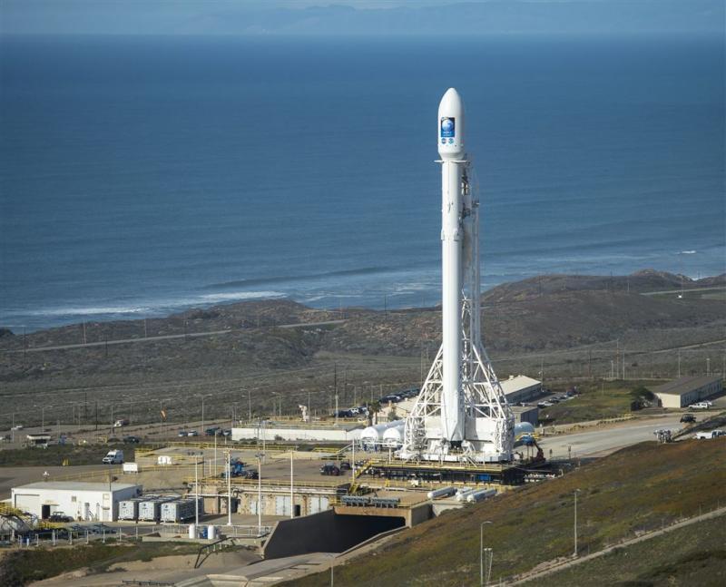 SpaceX blaast lancering op laatste moment af