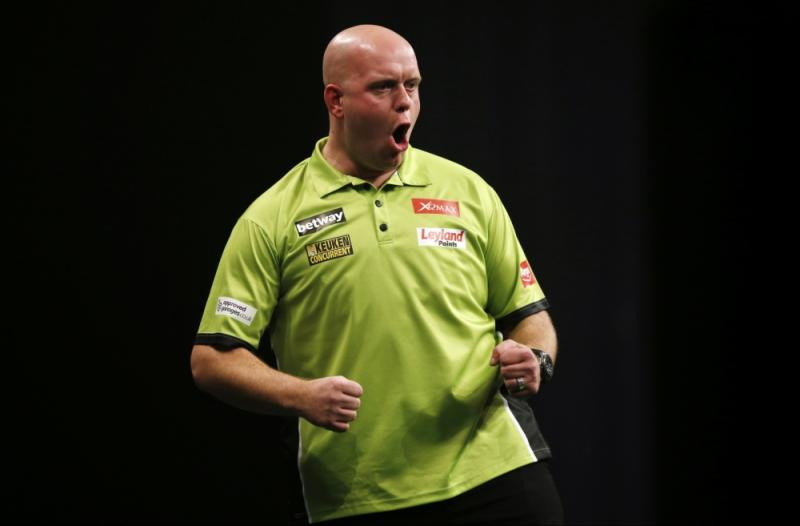 Van Gerwen prolongeert zijn UK Open-titel (PRO SHOTS/Action Images)