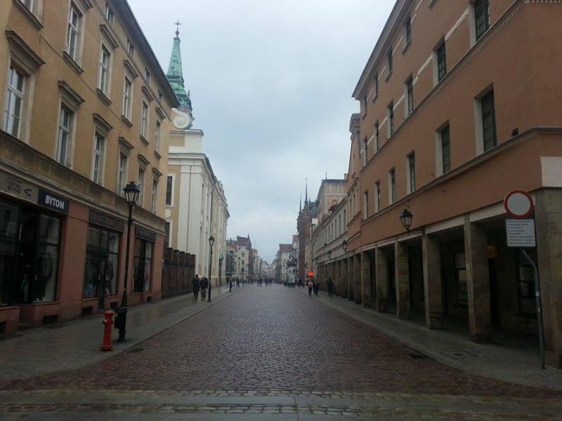 Koud en grijs Torun (Polen)  (Foto: Papabear)