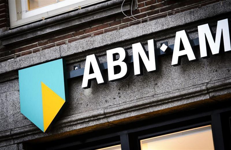ABN AMRO promoveert naar AEX